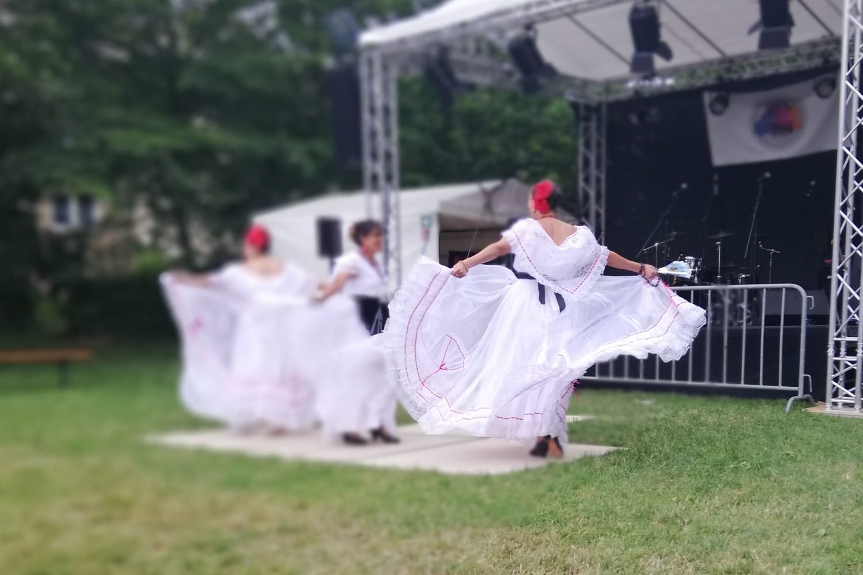 Mexikanisch-deutsche Tanzgruppe