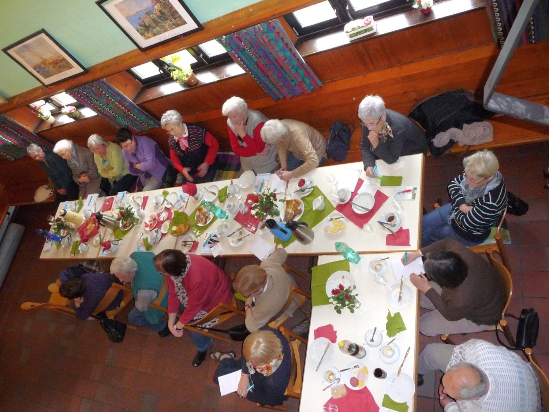 Seniorenfrühstück im großen Saal