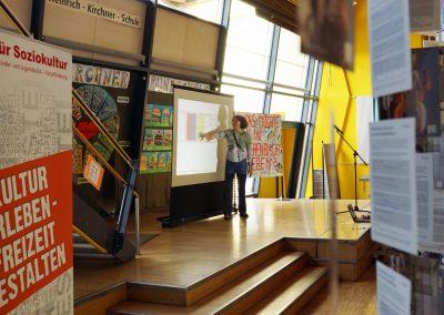 Susanne Hofmann stellt die Workshops kurz vor